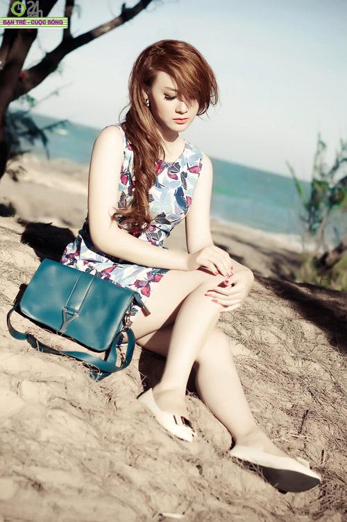 Hot girl Sâu Xinh dịu dàng trước biển - 19