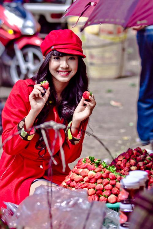 Tứ đại hot girl Việt rạng rỡ cùng sắc đỏ - 1