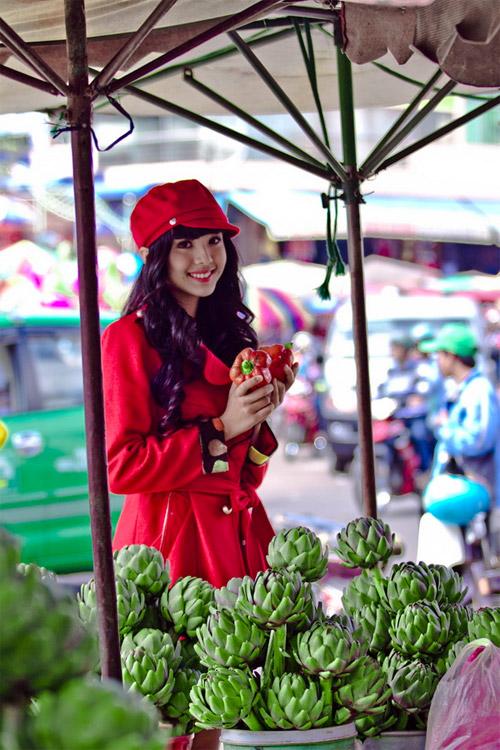 Tứ đại hot girl Việt rạng rỡ cùng sắc đỏ - 2