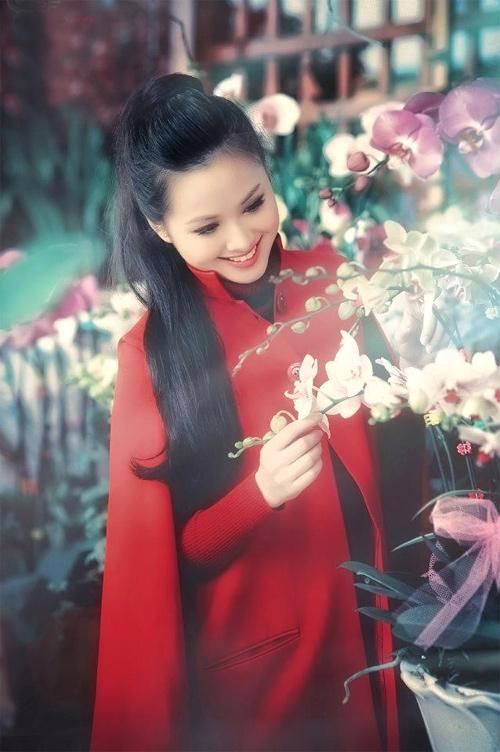 Tứ đại hot girl Việt rạng rỡ cùng sắc đỏ - 13