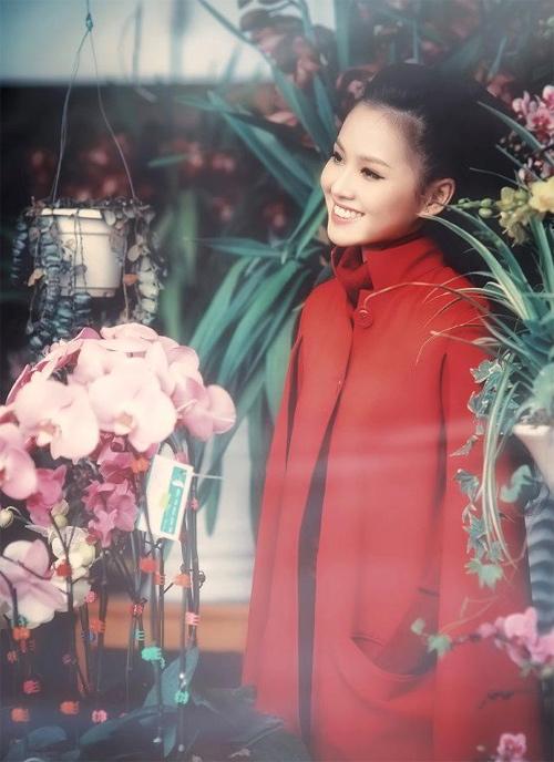 Tứ đại hot girl Việt rạng rỡ cùng sắc đỏ - 15