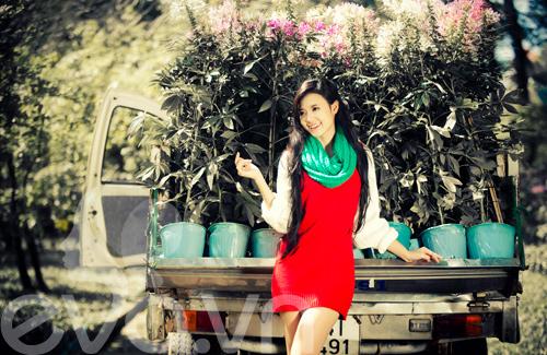 Tứ đại hot girl Việt rạng rỡ cùng sắc đỏ - 19