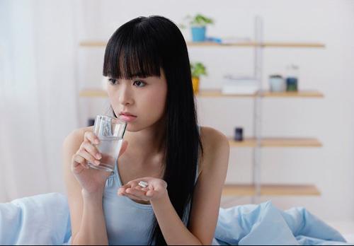 Nữ sinh hoang mang vì thuốc kích dục - 1