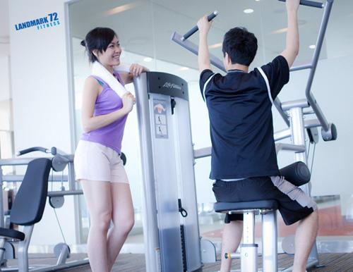 """""""Tóm"""" Miss Teen Linh Hàn đi tập thể dục - 6"""