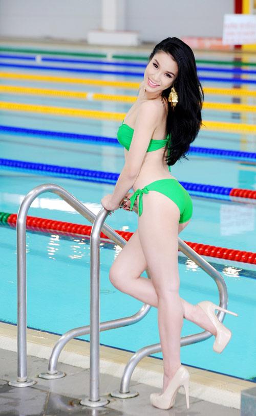 Diệp Anh diện bikini khoe ba vòng sexy - 18