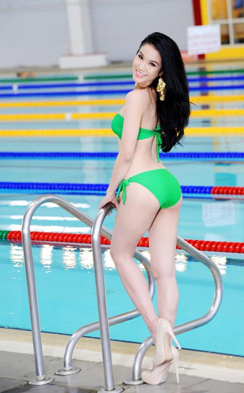 Diệp Anh diện bikini khoe ba vòng sexy - 19