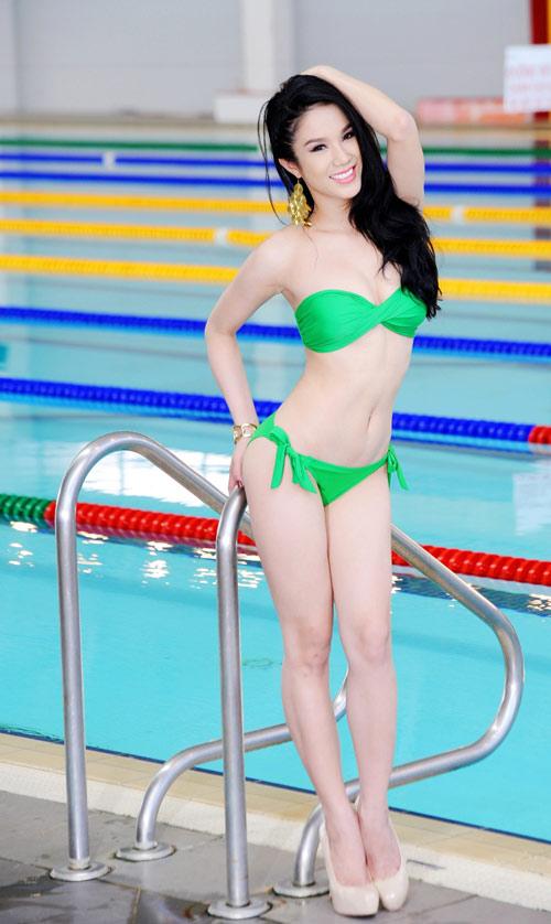 Diệp Anh diện bikini khoe ba vòng sexy - 4