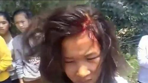 Kinh hoàng nữ sinh đánh nhau chảy máu - 3