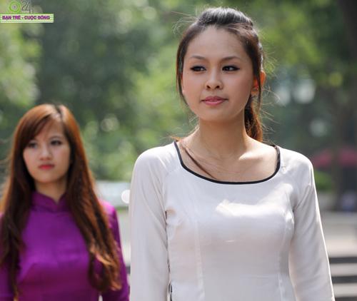 Những gương mặt khả ái của Hoa khôi HN - 9