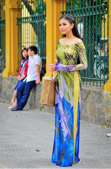 Bí quyết mặc áo dài đẹp cho cô giáo trẻ - 9