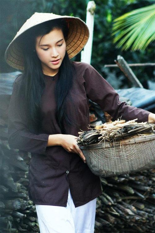 Hoa khôi hóa thôn nữ xinh đẹp - 4