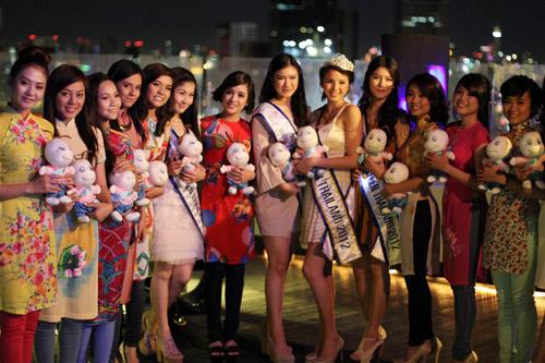 Miss Teen Việt khoe sắc trên đất Thái - 8