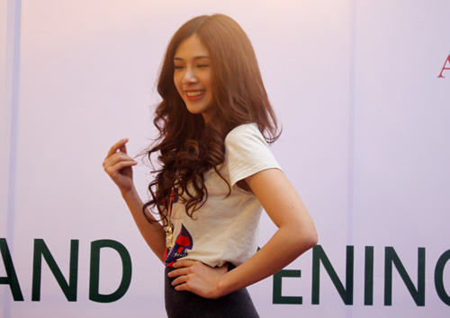 Thu Trang trẻ trung, Hà Min gợi cảm - 5