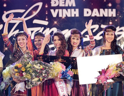 Diễm Trang đăng quang Nữ hoàng Cà phê - 1