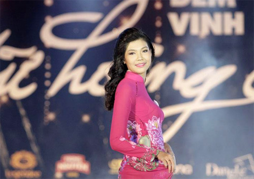 Diễm Trang đăng quang Nữ hoàng Cà phê - 8