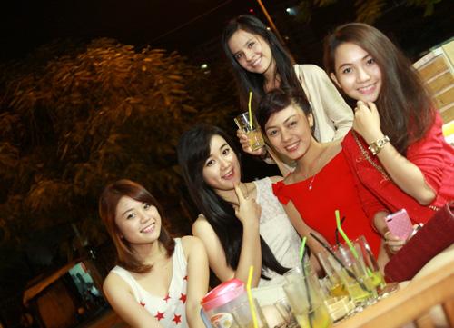 Miss Teen Sài thành rủ nhau trốn nóng - 7