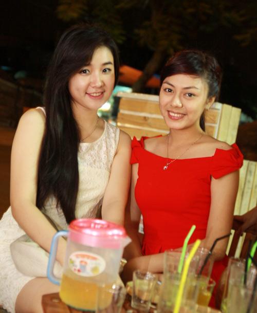 Miss Teen Sài thành rủ nhau trốn nóng - 2