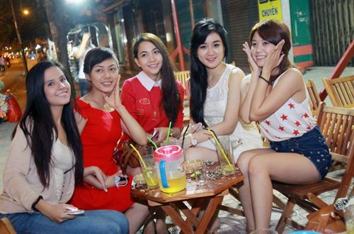 Miss Teen Sài thành rủ nhau trốn nóng - 6