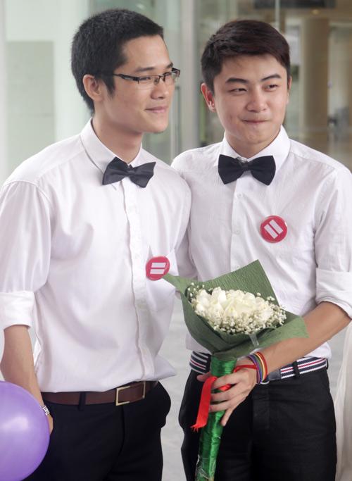 Đám cưới đồng tính tập thể tại Hà Nội - 7