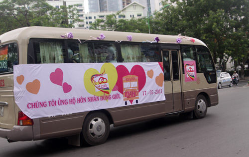 Đám cưới đồng tính tập thể tại Hà Nội - 3