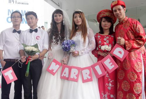Đám cưới đồng tính tập thể tại Hà Nội - 9