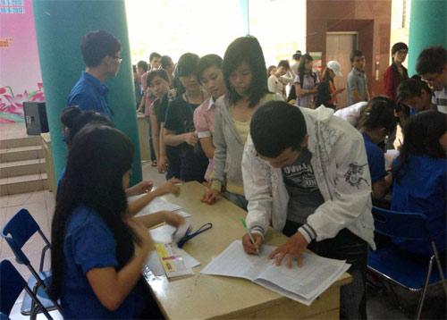 Giới trẻ Việt nóng lòng gặp gỡ Nick Vujicic - 3