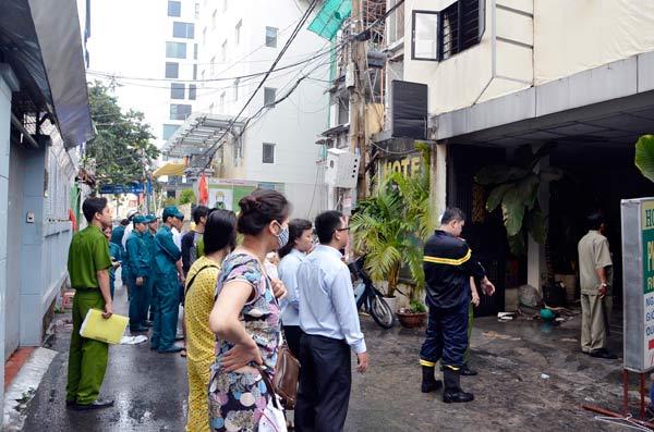 TP.HCM: Cháy khách sạn vì điện thoại đang sạc phát nổ