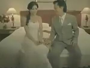 """Video clip: Đêm tân hôn phát hiện vợ """"toàn đồ giả"""""""