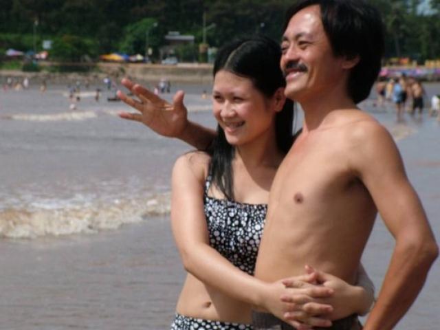Những quý ông Việt lấy vợ trẻ kém... 30 tuổi