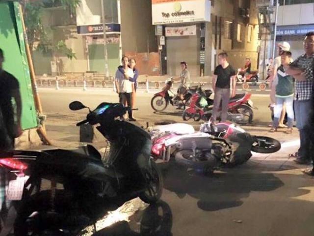 Giang hồ đuổi chém, cướp xe nạn nhân TNGT giữa TPHCM