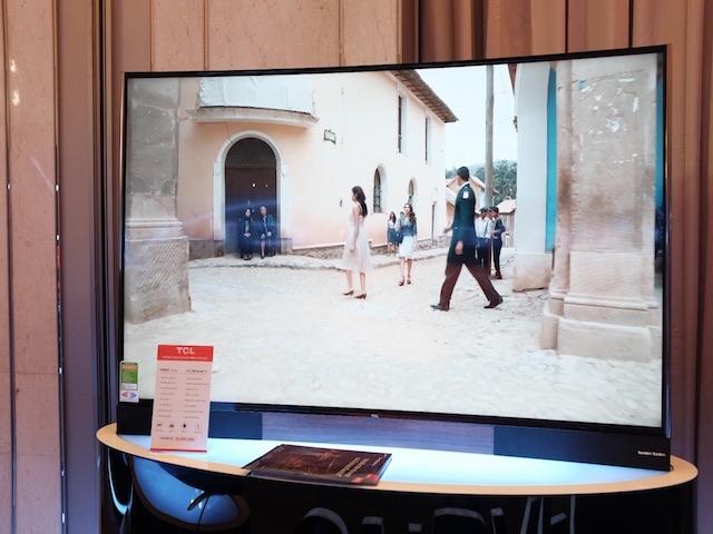 TCL ra mắt màn hình TV công nghệ chấm lượng tử