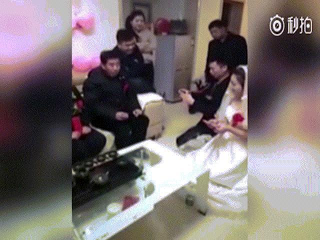Clip cô dâu hủy hôn ngay trong đám cưới vì lý do gây sốc