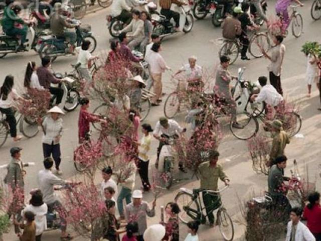 Đi chợ Tết nay - Nhớ chợ Tết xưa