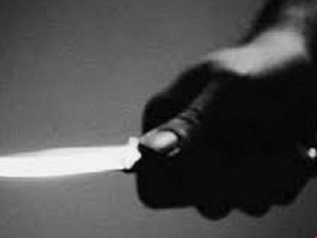 """Va quẹt xe, """"ma men"""" rút dao đâm chết người"""