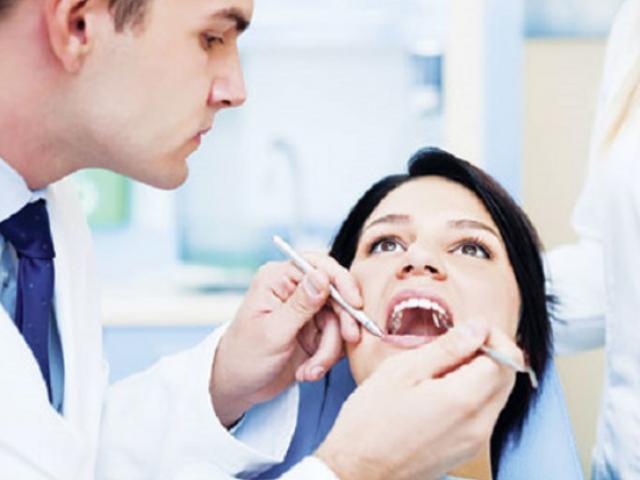 Chữa khỏi ung thư nhờ giữ gìn răng miệng khỏe mạnh
