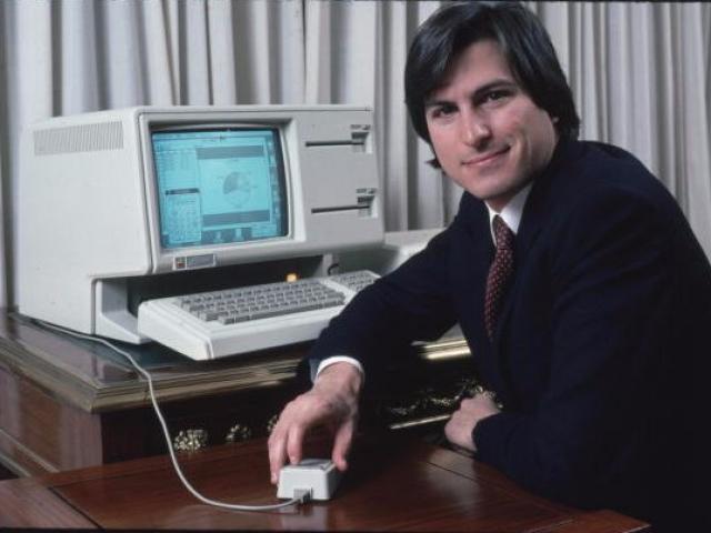 """6 sản phẩm giá """"cắt cổ"""" nhất Apple từng bán ra"""