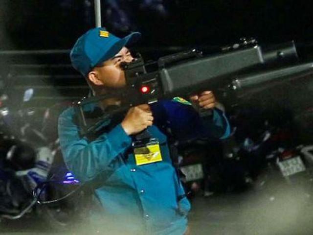 Vì sao hàng loạt flycam bị bắn hạ khi quay cảnh pháo hoa tại TP HCM?