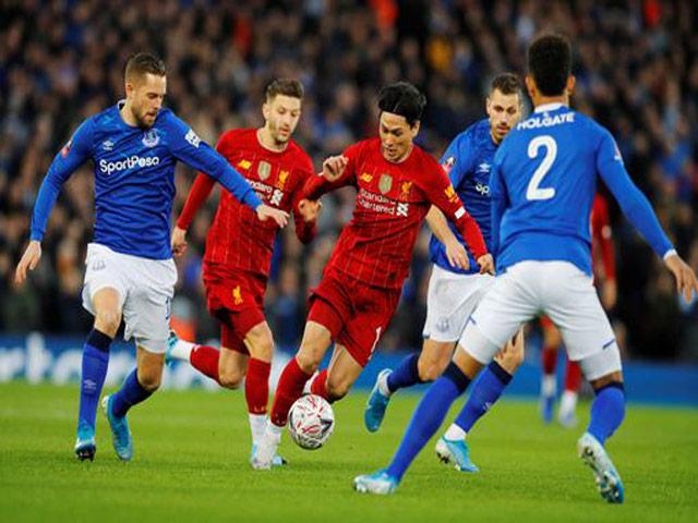 Trực tiếp bóng đá Liverpool - Everton: Suýt đốt lưới nhà