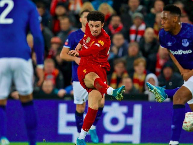 Liverpool hạ đại kình địch lập kỷ lục mới: Klopp vẫn méo mặt vì tin dữ