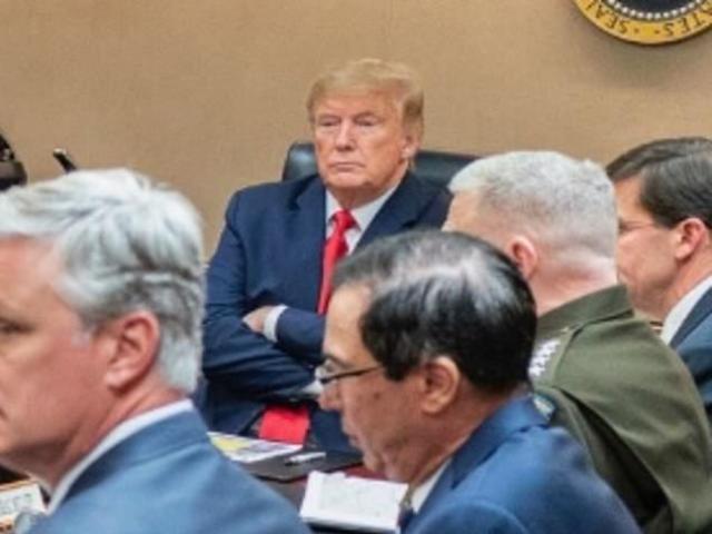Nhà Trắng công bố ảnh ông Trump ở phòng Tình huống ngay sau vụ Iran nã tên lửa