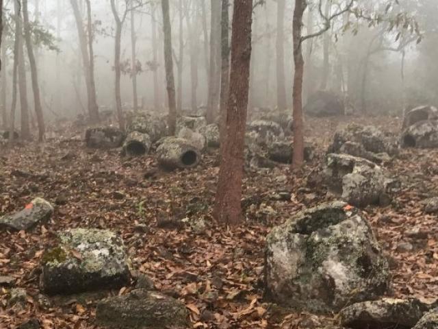 """Bí ẩn """"những chiếc chum  của người chết"""" ở Lào"""