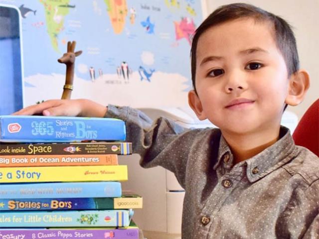 Thiên tài 3 tuổi là thành viên của hội những người thông minh nhất Thế giới