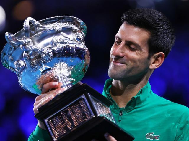 """Djokovic mơ san bằng """"Vua Grand Slam"""" Federer năm nay: Nadal sẽ cản bước?"""
