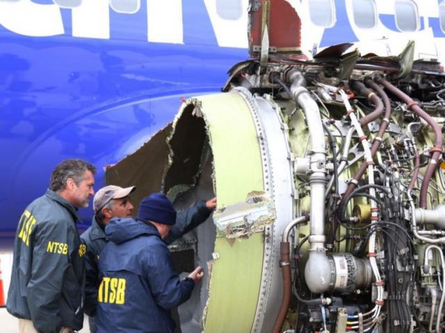 Điều gì xảy ra nếu máy bay hỏng động cơ khi đang bay?