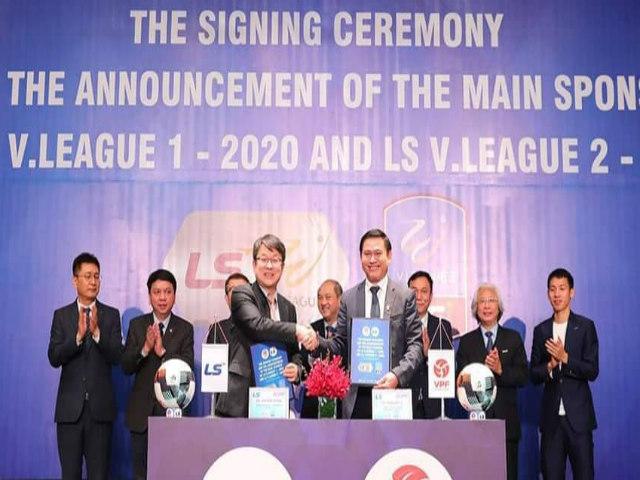"""""""Đại gia"""" Hàn Quốc tài trợ V-League khi bóng đá VN có HLV Park Hang Seo"""