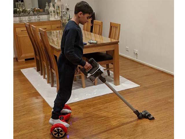 Tại sao làm việc nhà lại khiến trẻ trở thành người tốt khi lớn lên