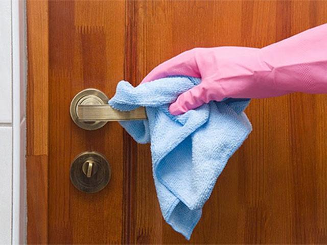 Vệ sinh nhà cửa đúng cách để phòng dịch do virus gây ra