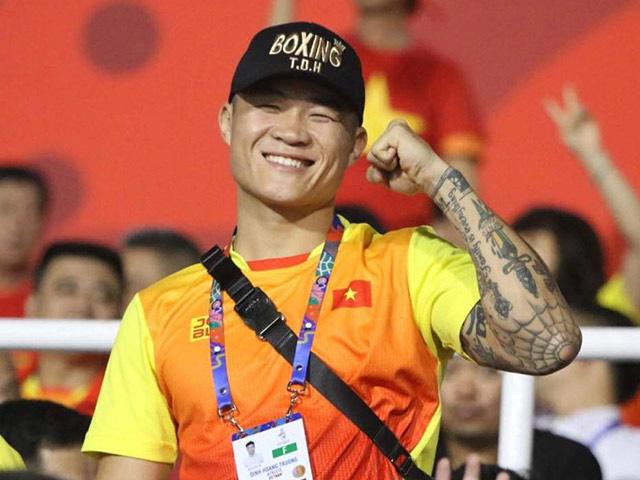 Đình Hoàng giành đai lịch sử cho boxing Việt Nam: Nói điều lo lắng nhất