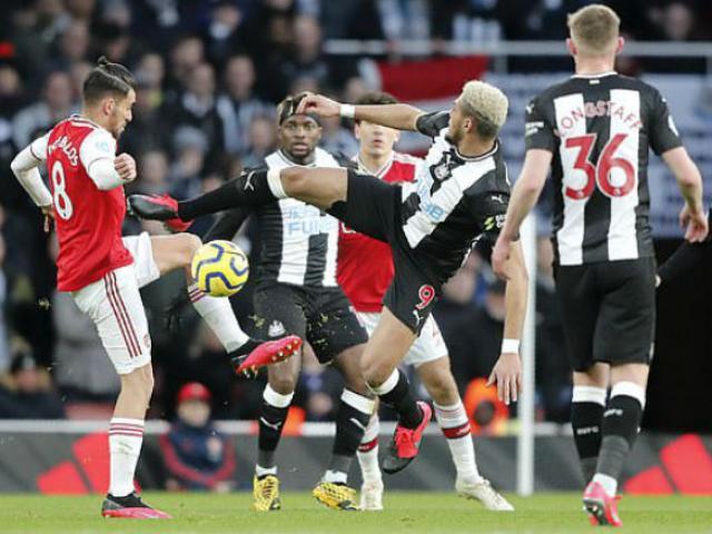 """Video highlight trận Arsenal - Newcastle: Hiệp 2 """"lột xác"""", bộ tứ thăng hoa"""