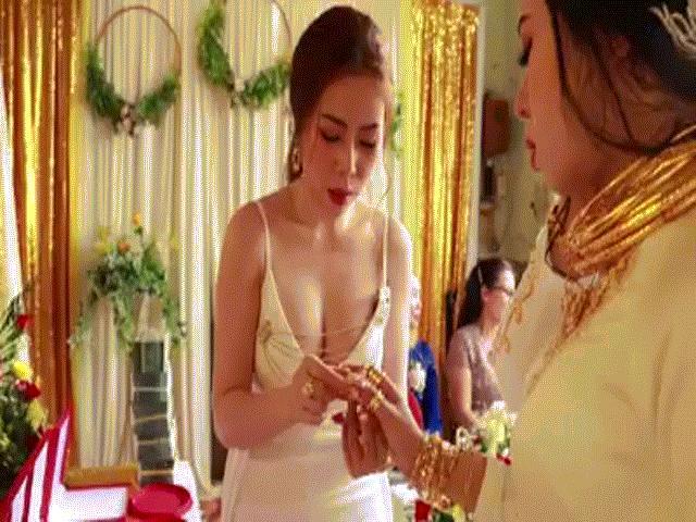 Chị gái tặng quà cưới 49 cây vàng và 2,5 tỷ, cô dâu chú rể toát mồ hôi đứng nhận